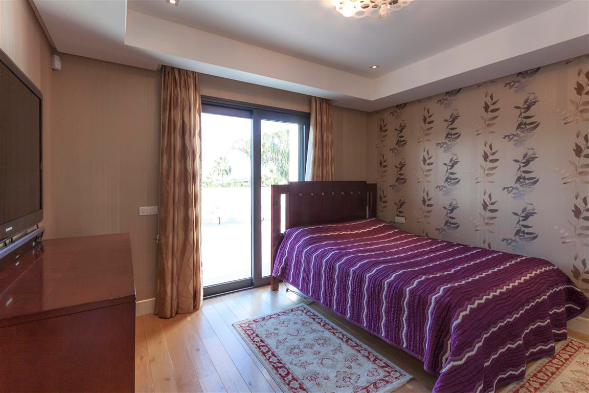 House in Marbella R2874281 14