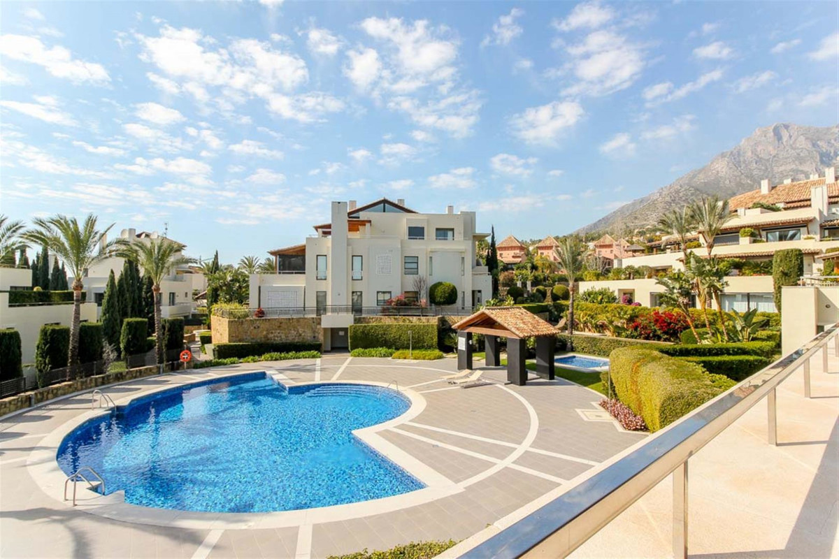 3 Bedroom Villa For Sale - Sierra Blanca
