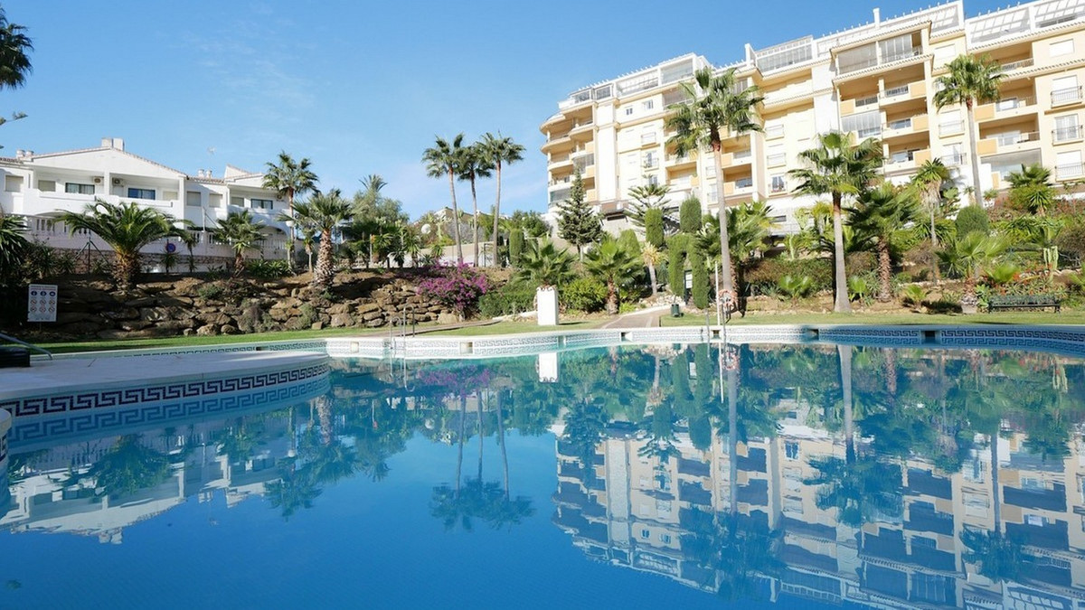 3 Bedroom Ground Floor Apartment For Sale La Cala de Mijas, Costa del Sol - HP3896389