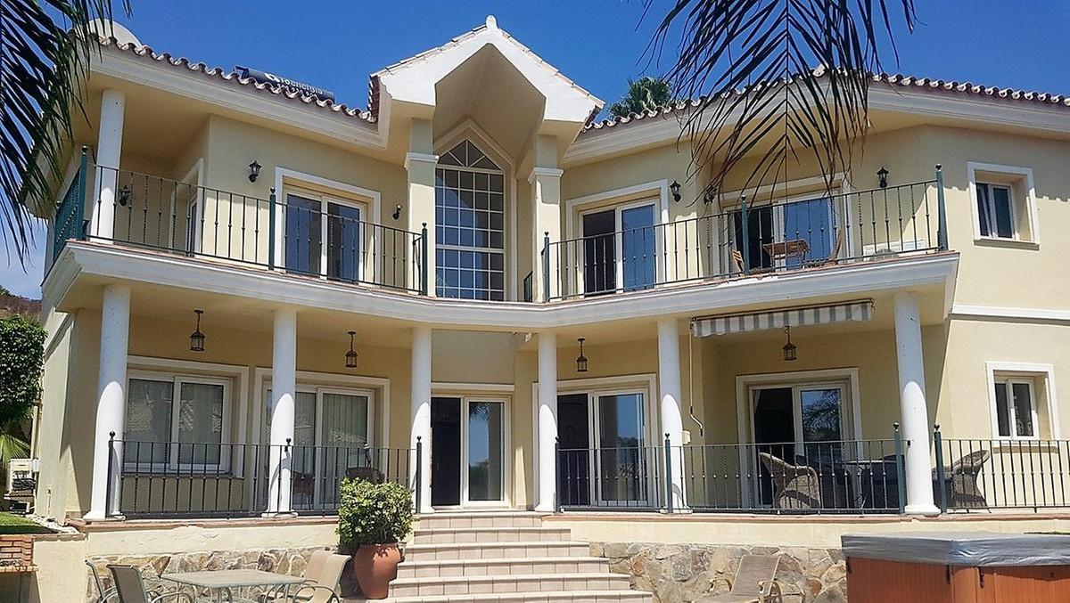 Detached Villa in Torrenueva
