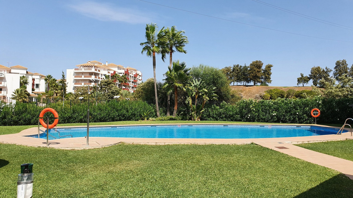 Exquisite apartment for sale in Zafiro de Miraflores. Dont miss this fantastic opportunity to buy th,Spain