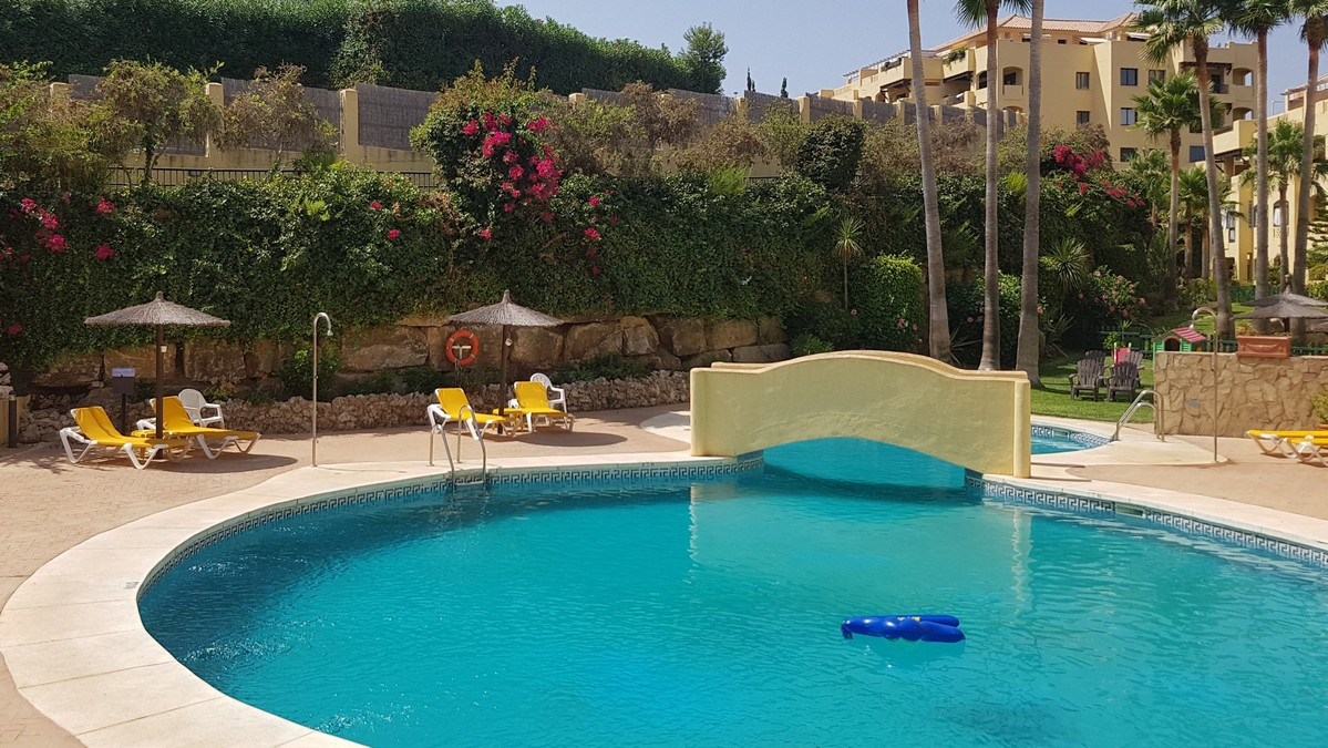 Superb Spacious Garden apartment located in a residential area but only 10 minutes walk to the beach,Spain
