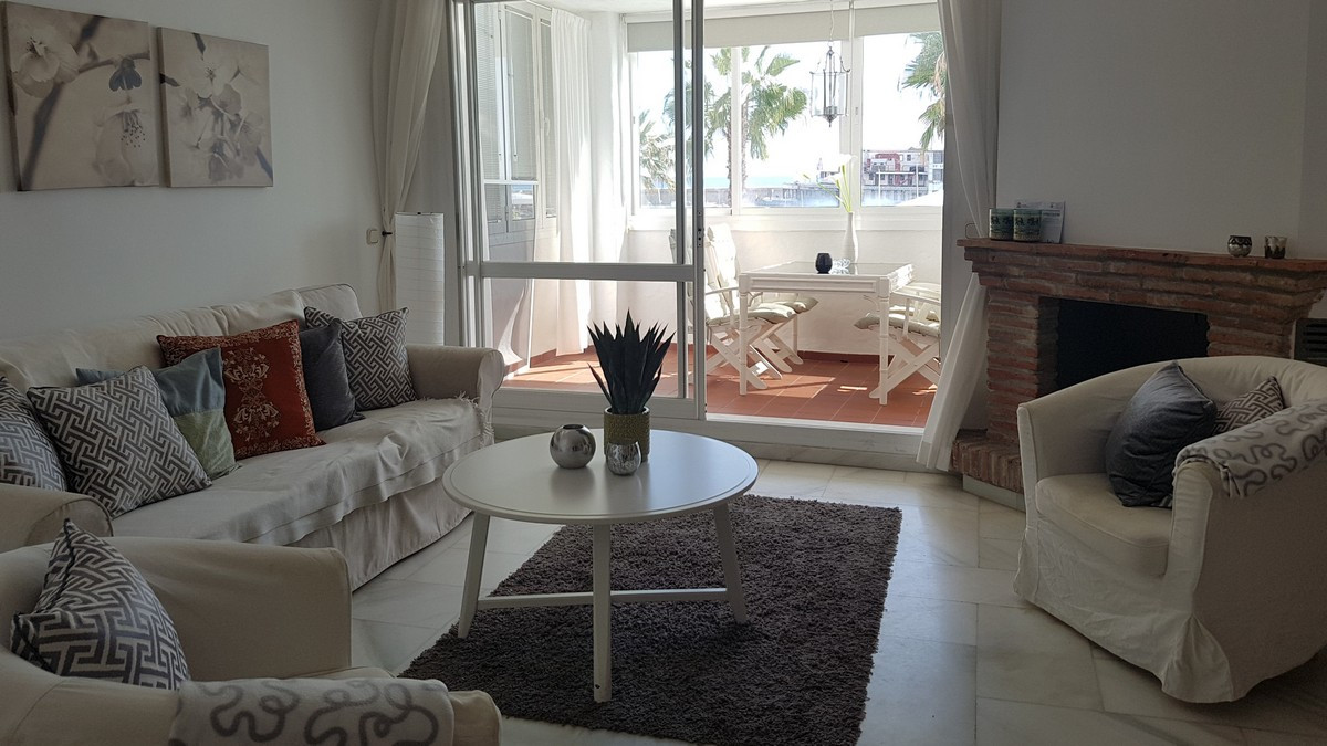 Apartment Middle Floor in Benalmadena Costa, Costa del Sol