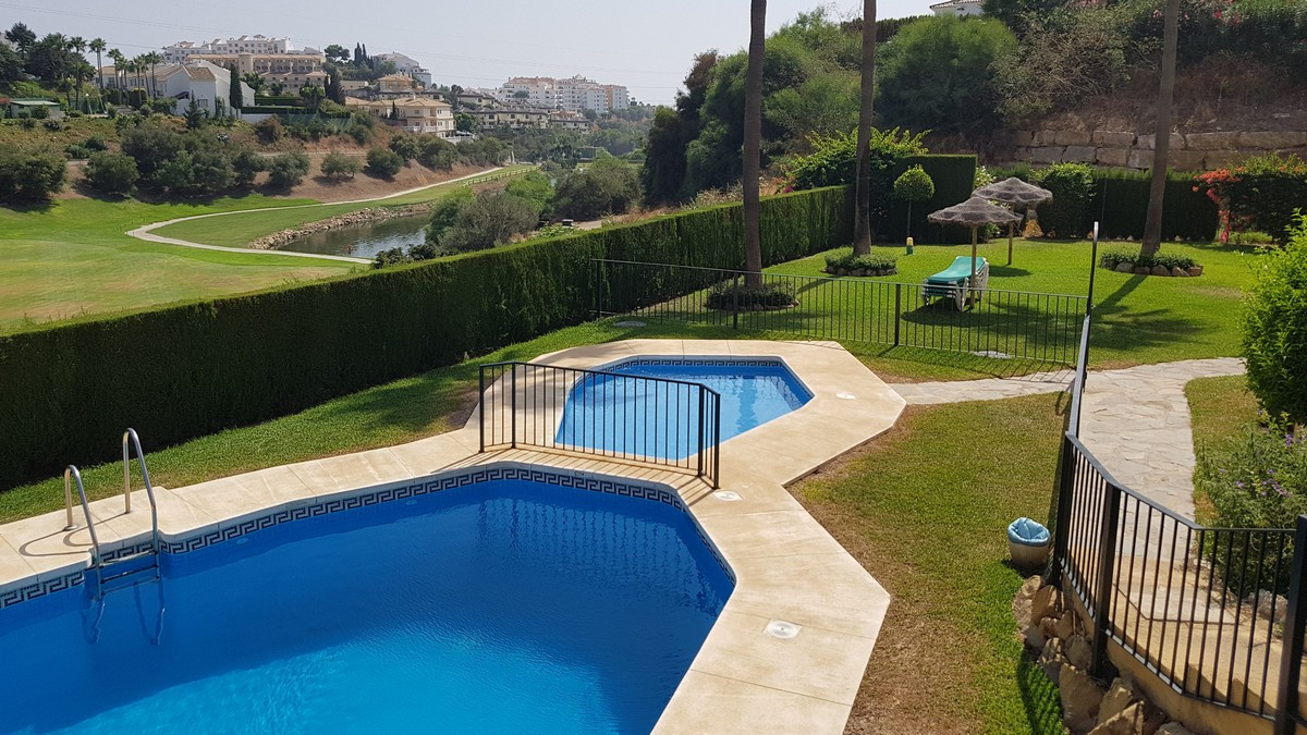 Great Value !!  2 Bedroom, 2 Bathroom apartment with stunning views from the terrace overlooking Mir, Spain