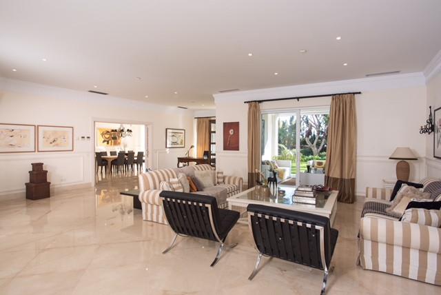 Villa – Chalet en Venta en Guadalmina Baja – R3144736