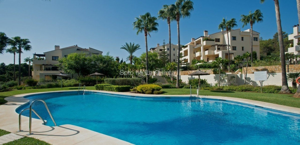 Marbella Banus Ático en Venta en La Quinta – R3274162