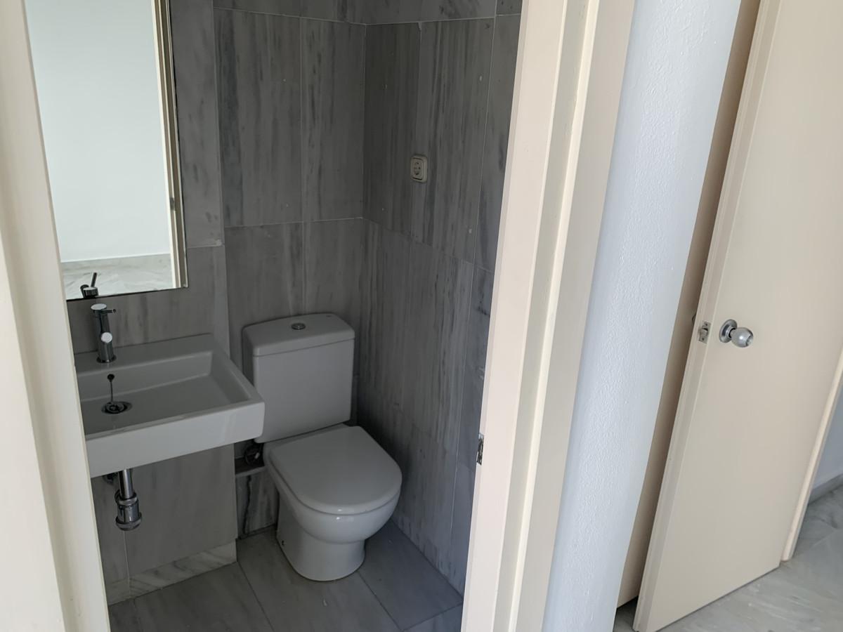 Apartamento Planta Baja en Venta en Marbella – R3574801