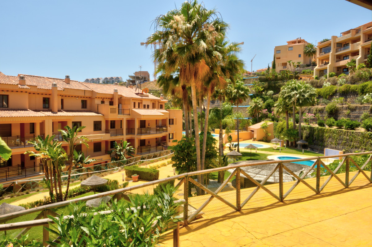 Immaculate two bedroom and two bathroom ground floor apartment situated within a superb frontline go, Spain