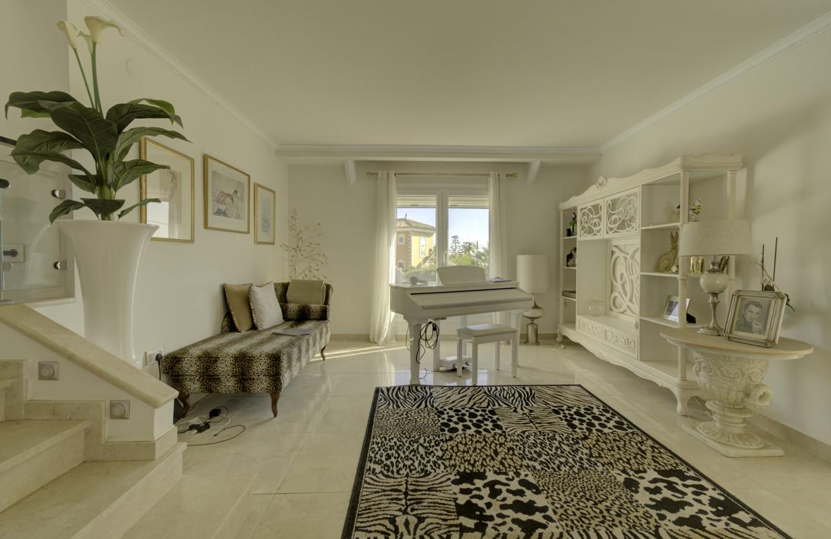 Villa con 3 Dormitorios en Venta El Chaparral