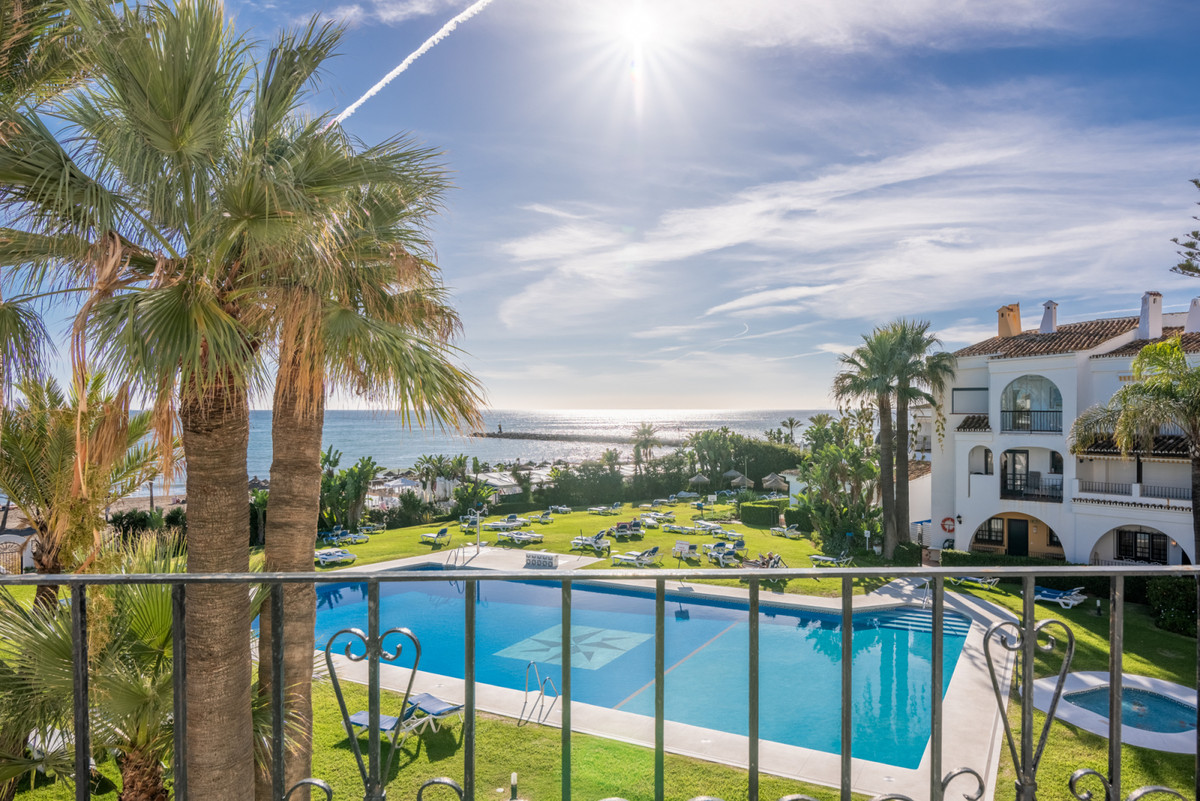Penthouse for sale in Puerto de Cabopino
