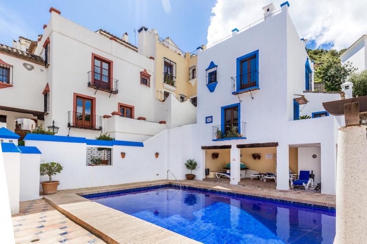 Marbella Banus Others for Sale in Benahavís – R3728716