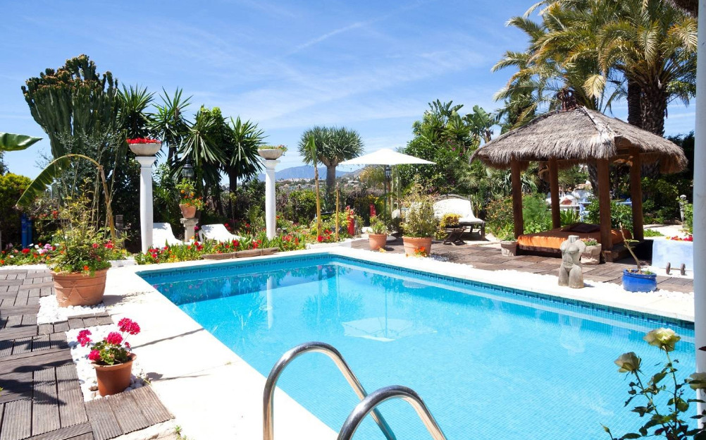 Unique 15 bedroom Balinese style villa/bed and breakfast business situated within a sought after loc,Spain