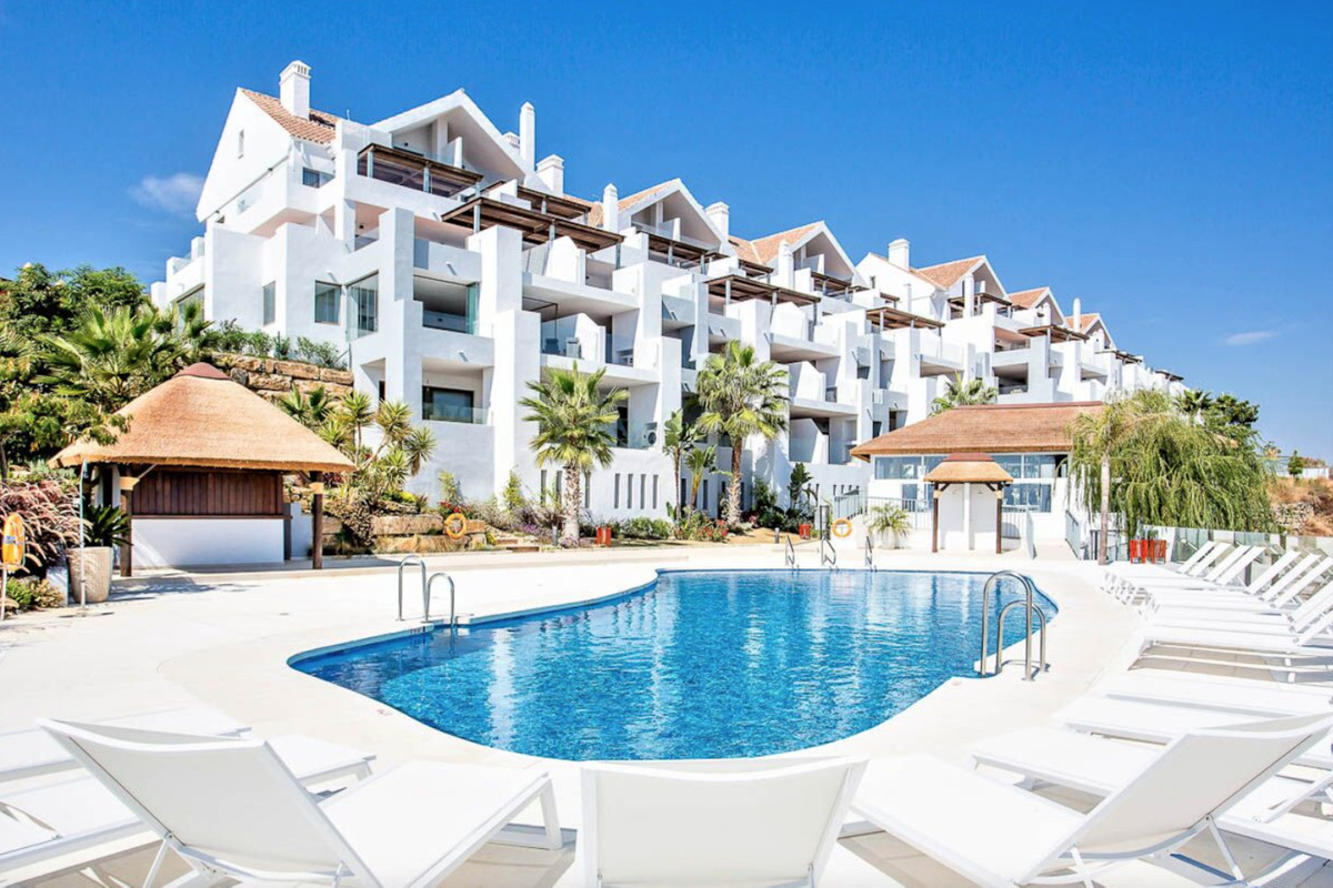Absolutely stunning 2 bedroom duplex penthouse apartment located within one of La Cala's most s,Spain