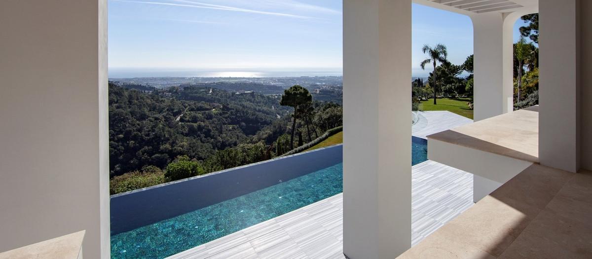 Villa – Chalet en Venta en La Zagaleta – R2630780