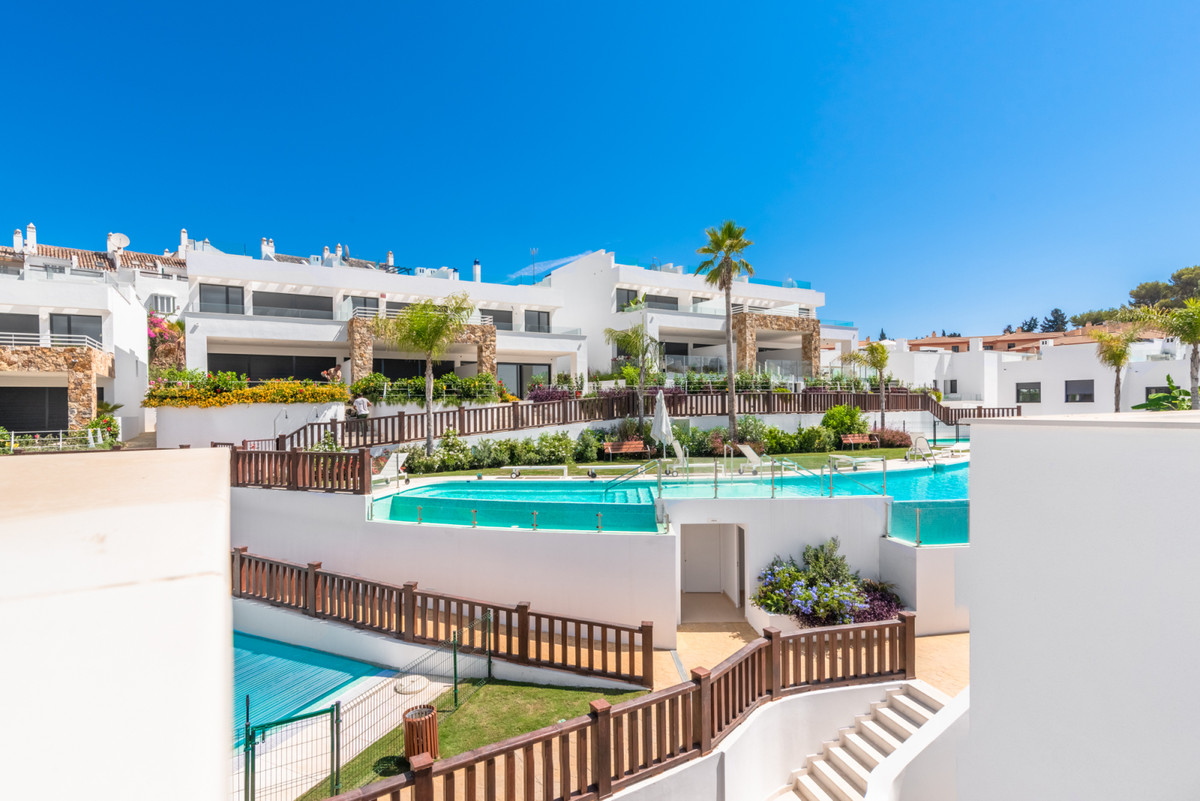 Absolutely stunning 3 bedroom brand new townhouse located on Marbella's super exclusive Golden , Spain