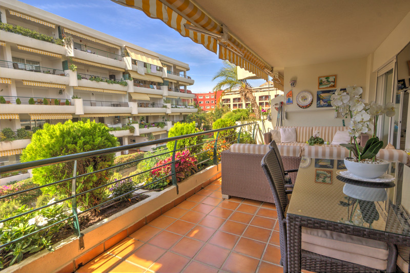 Apartments for sale in Guadalmina 15