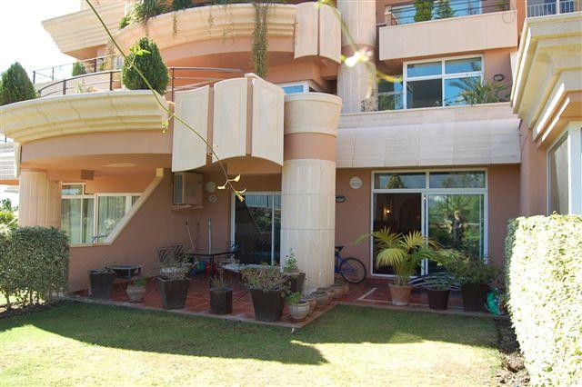 Apartment in Nueva Andalucía R57215 5 Thumbnail