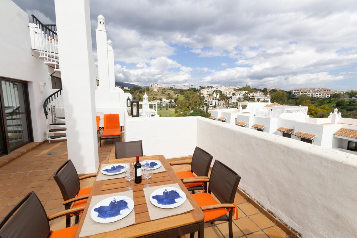 Marbella Banus Ático en Venta en New Golden Mile – R3374557