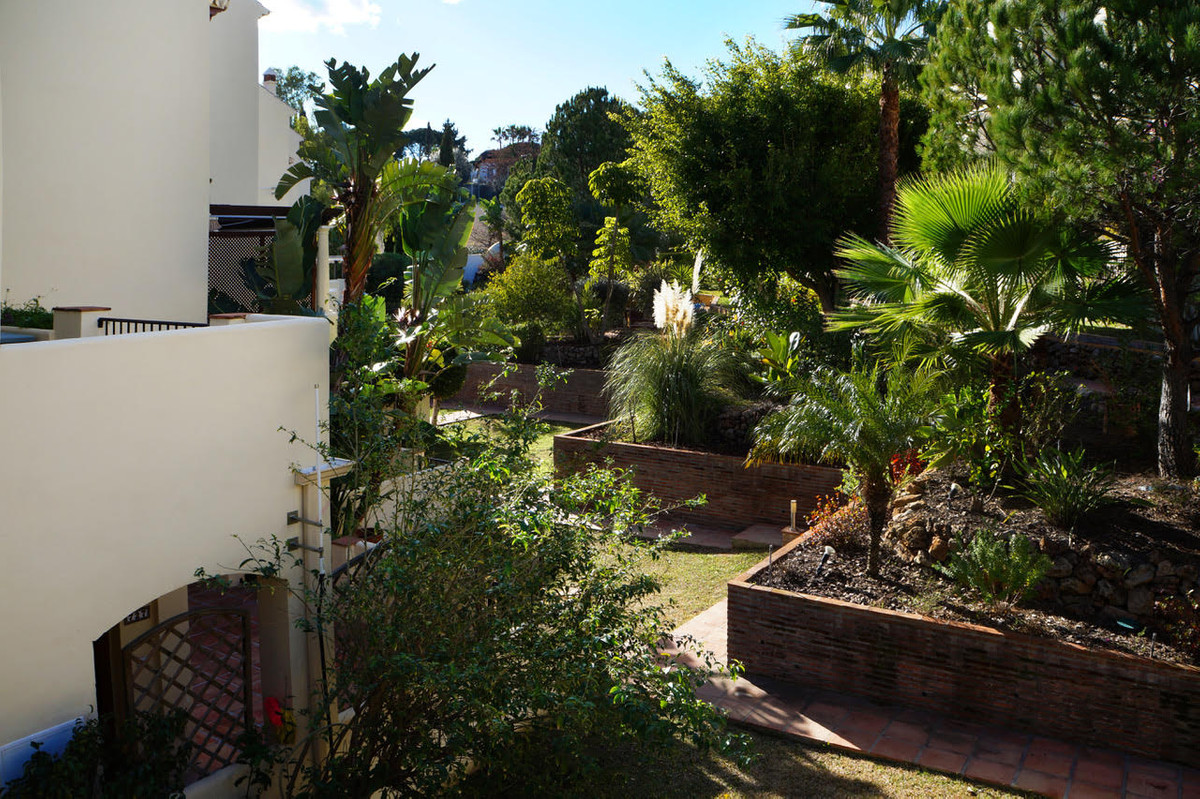 LOS PINOS DE ALOHA GOLF Fantastic opportunity to purchase a large 4 bedroom, 3 bathroom penthouse in,Spain