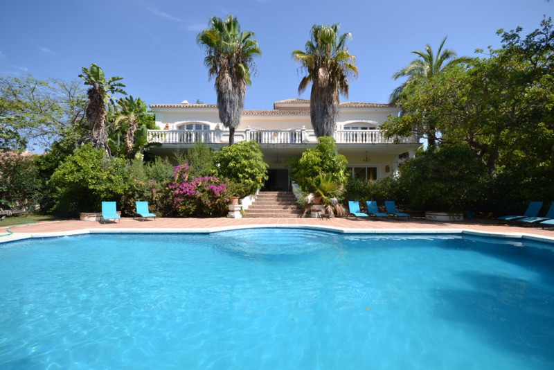 Villa – Chalet en venta en The Golden Mile – R2972366