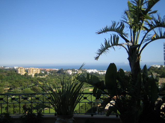 4-bed-Penthouse Apartment for Sale in Río Real