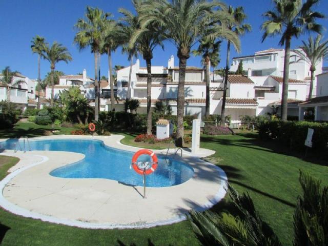 Semi-Detached House in Bahía de Marbella