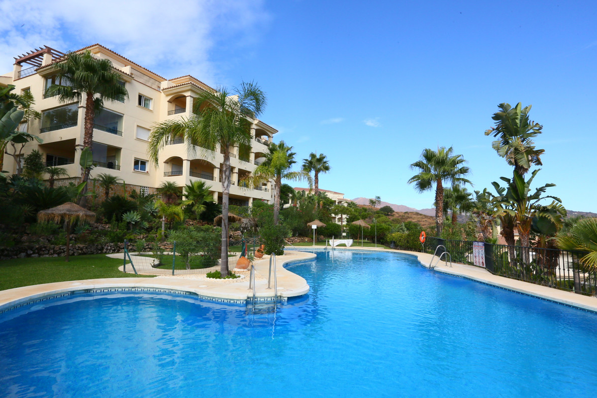 Spacious East facing two bedroom apartment with wide open panoramic views to the mountains. The entr,Spain