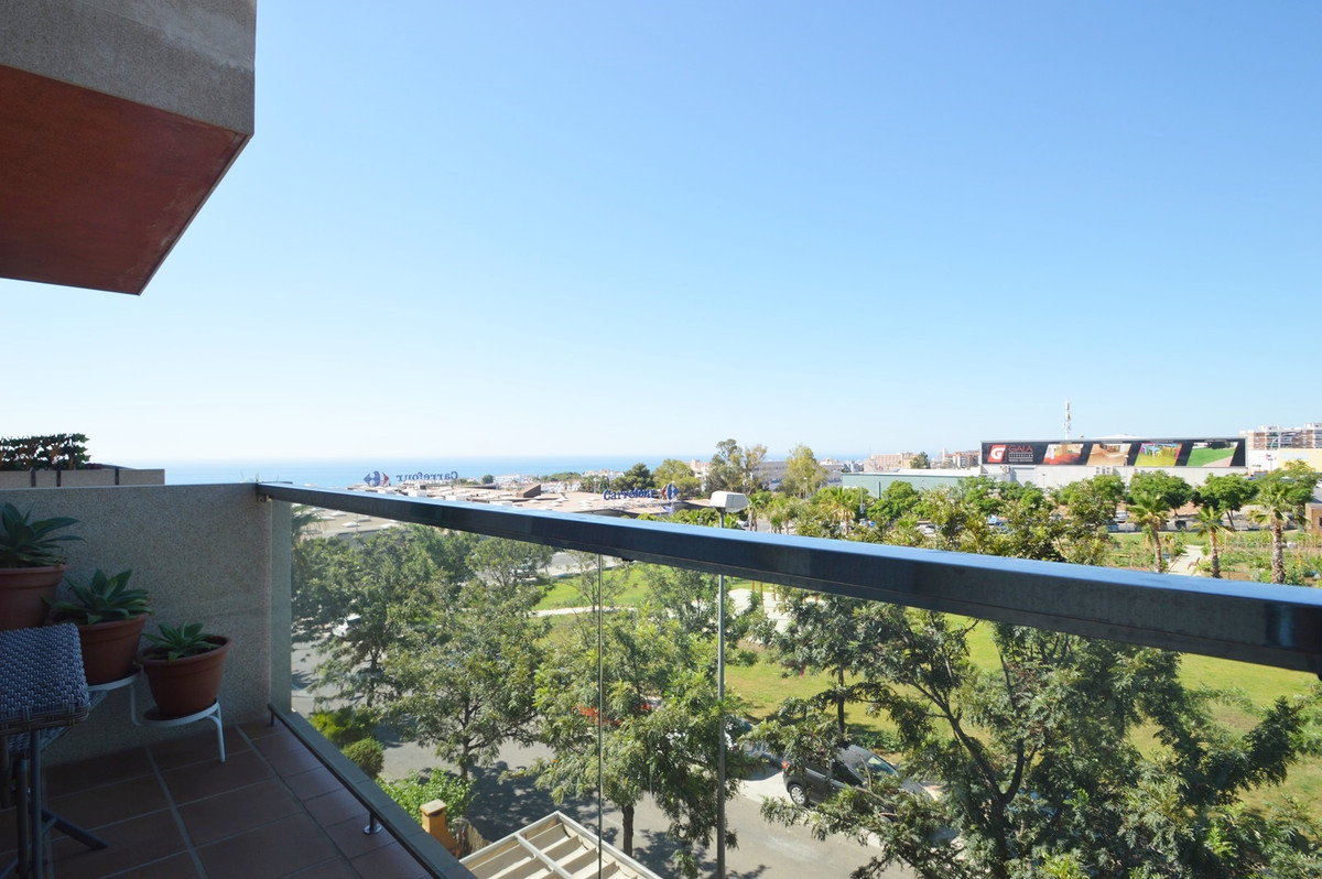 Middle Floor Apartment, Torremolinos, Costa del Sol. 3 Bedrooms, 2 Bathrooms, Built 105 m2  Setting , Spain