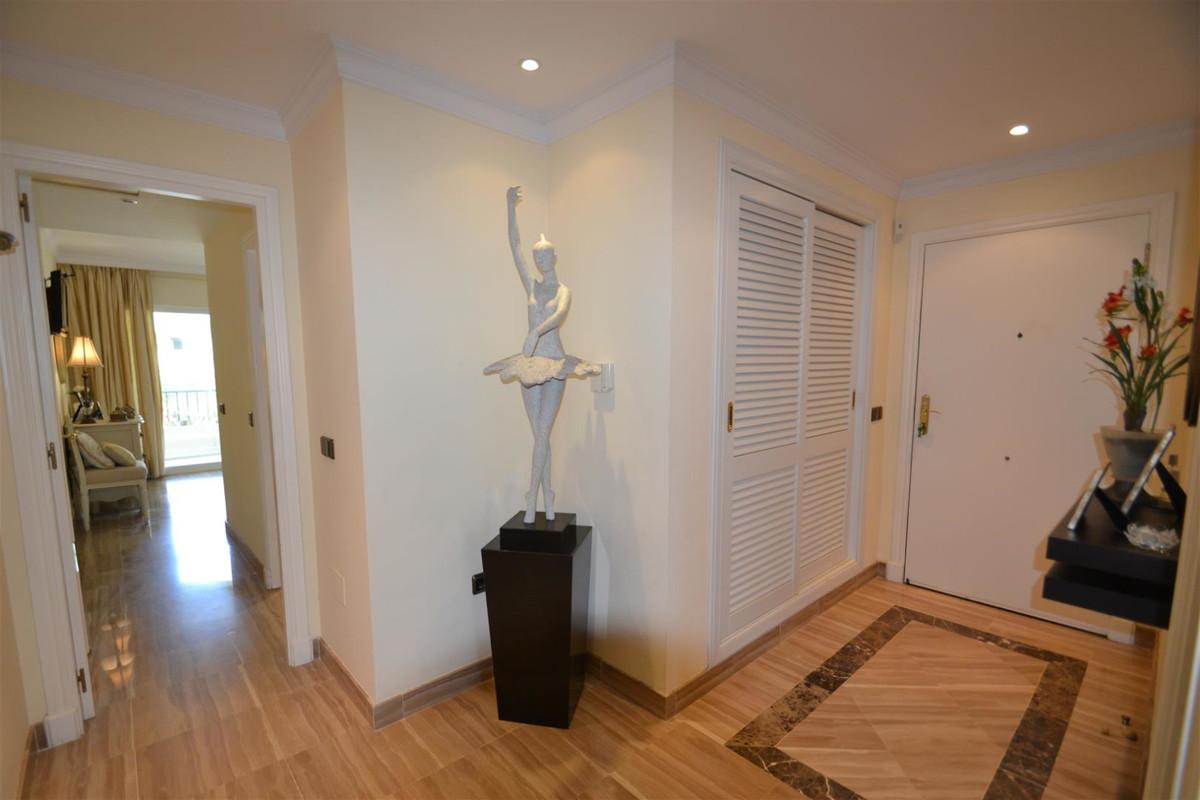 Apartamento en Venta en Bahía de Marbella – R3425698