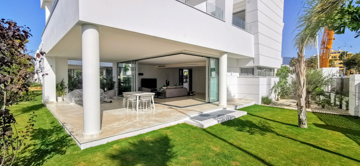 Unique positioned City Villas in prime location, latest technology, finest materials, 24 h security.,Spain