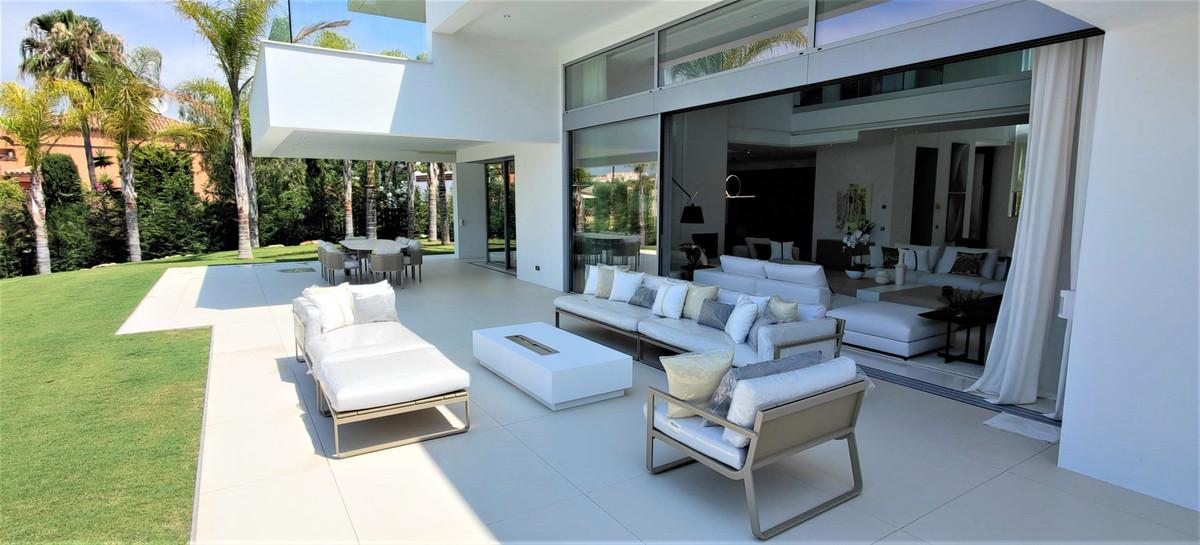 House in Guadalmina Baja R2754428 10