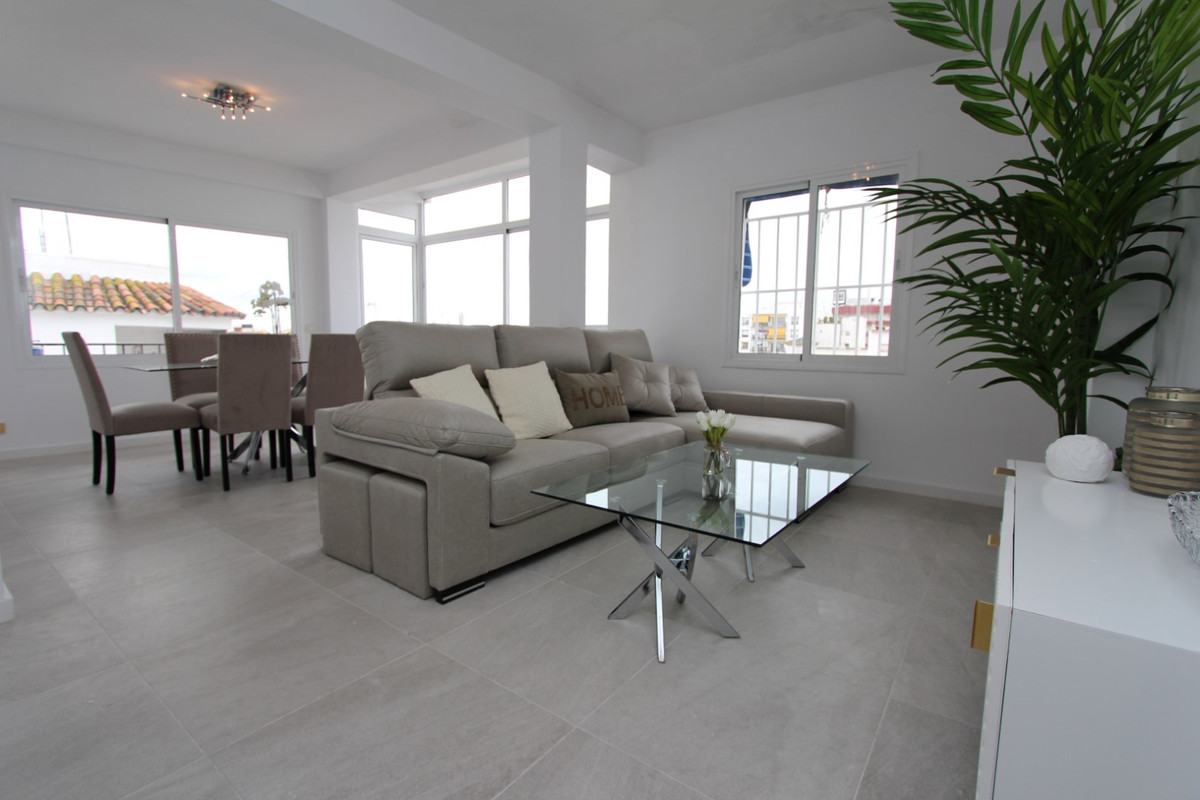 Freshly renovated top floor apartment in San Pedro town centre, close to all amenities and new boule,Spain
