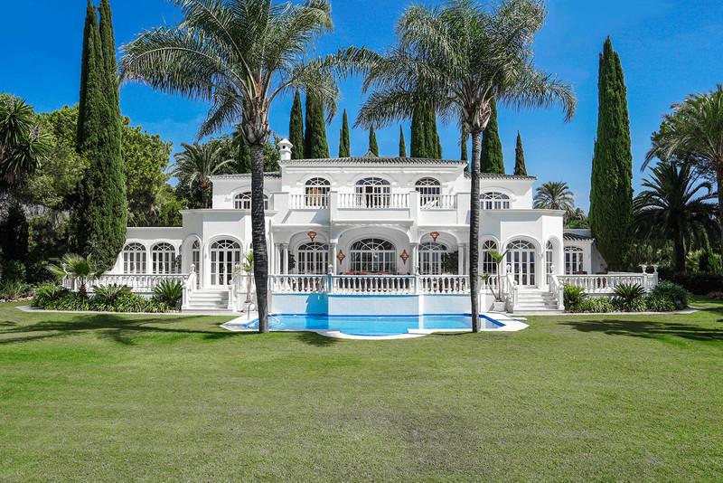Freistehende Villa in El Paraiso