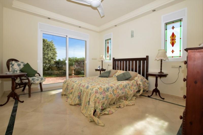 House in Riviera del Sol R2667275 11