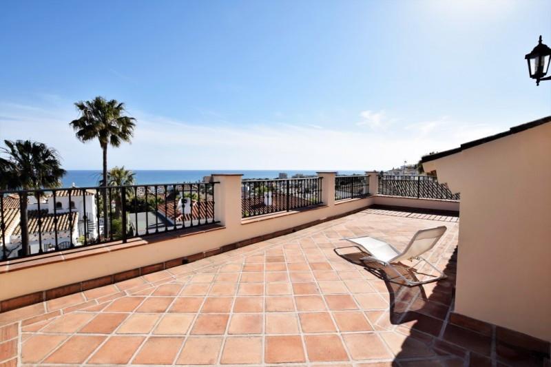 House in Riviera del Sol R2667275 2