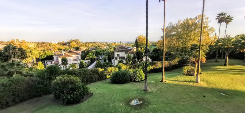 Marbella Banus Apartamento Planta Media en venta en Guadalmina Alta – R3517804