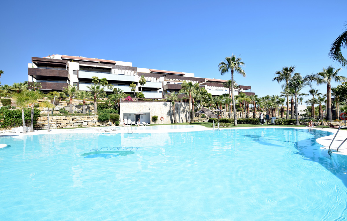Middle Floor Apartment for sale in Los Flamingos