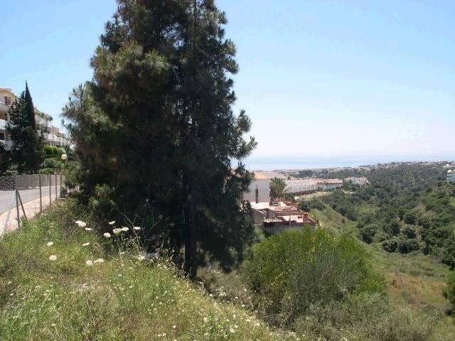 Grundstück in Calahonda