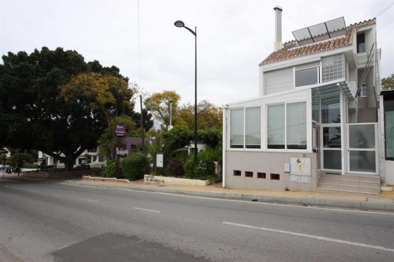 Commercial  Restaurant for sale   in Nueva Andalucía