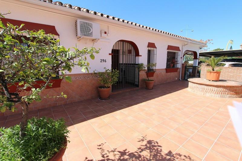 Villa – Chalet en Venta en San Pedro de Alcántara – R2871434