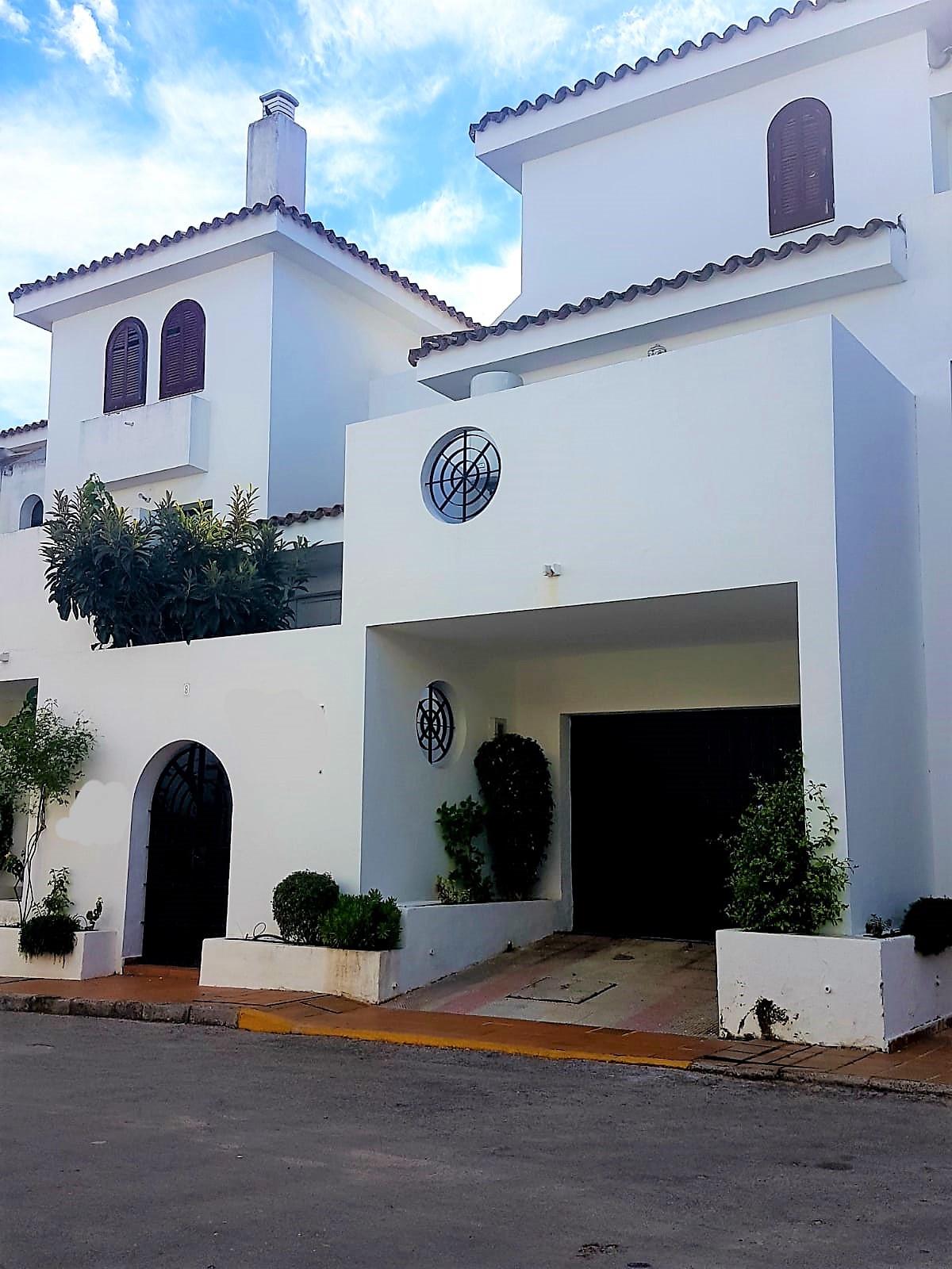 Townhouse en vente et en location