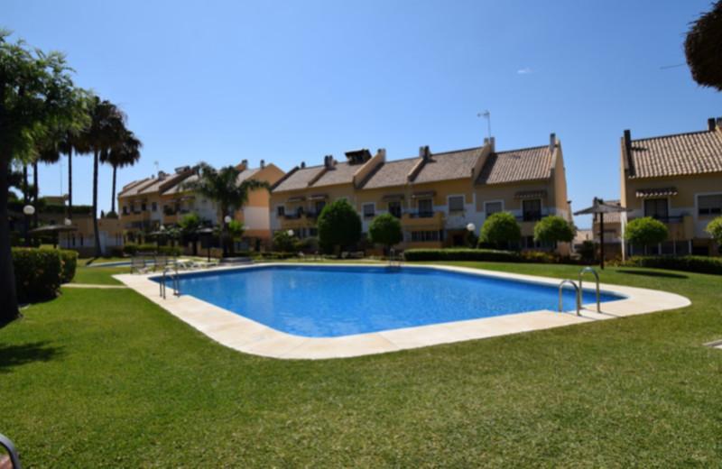 Adosada en venta en Marbella – R3349489