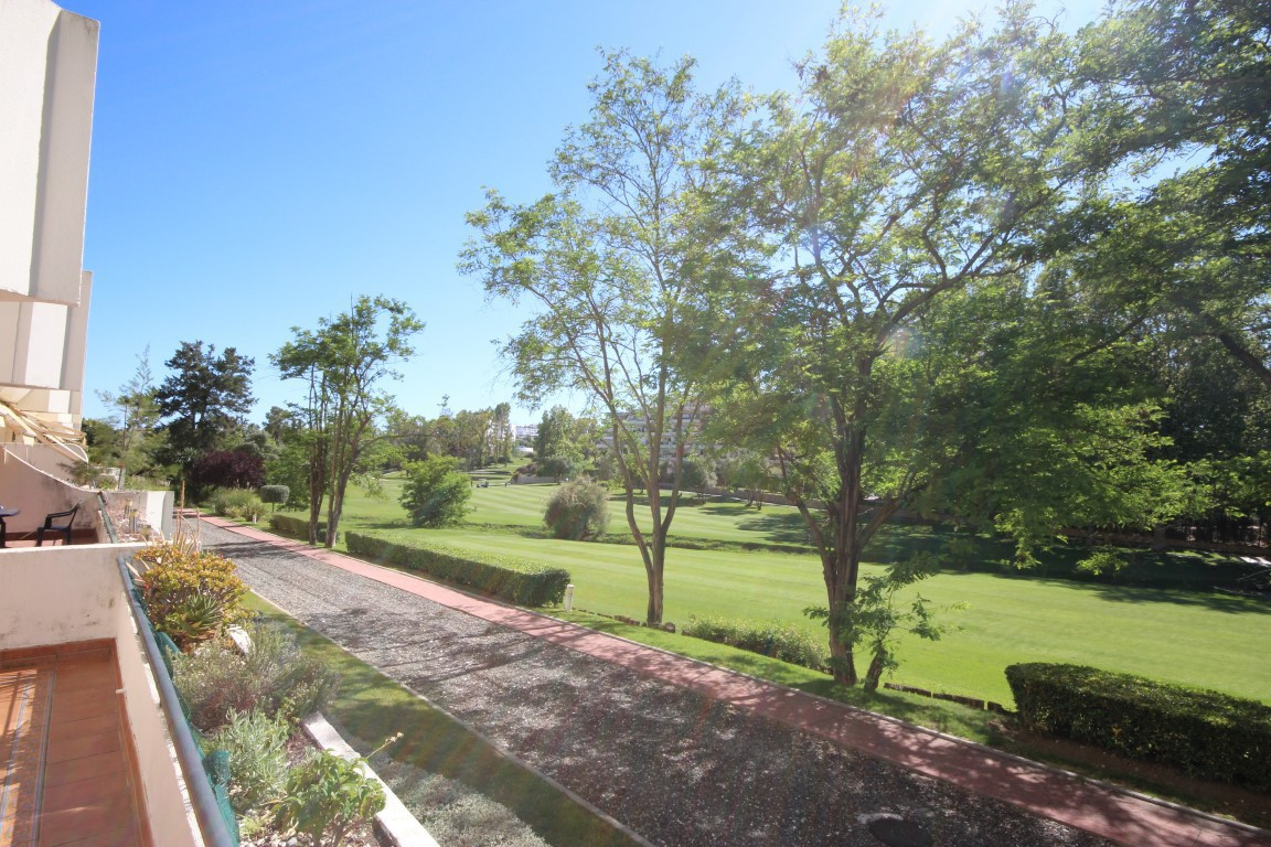 This cozy frontline golf apartment which affords stunning panoramic views over the Guadalmina golf c,Spain