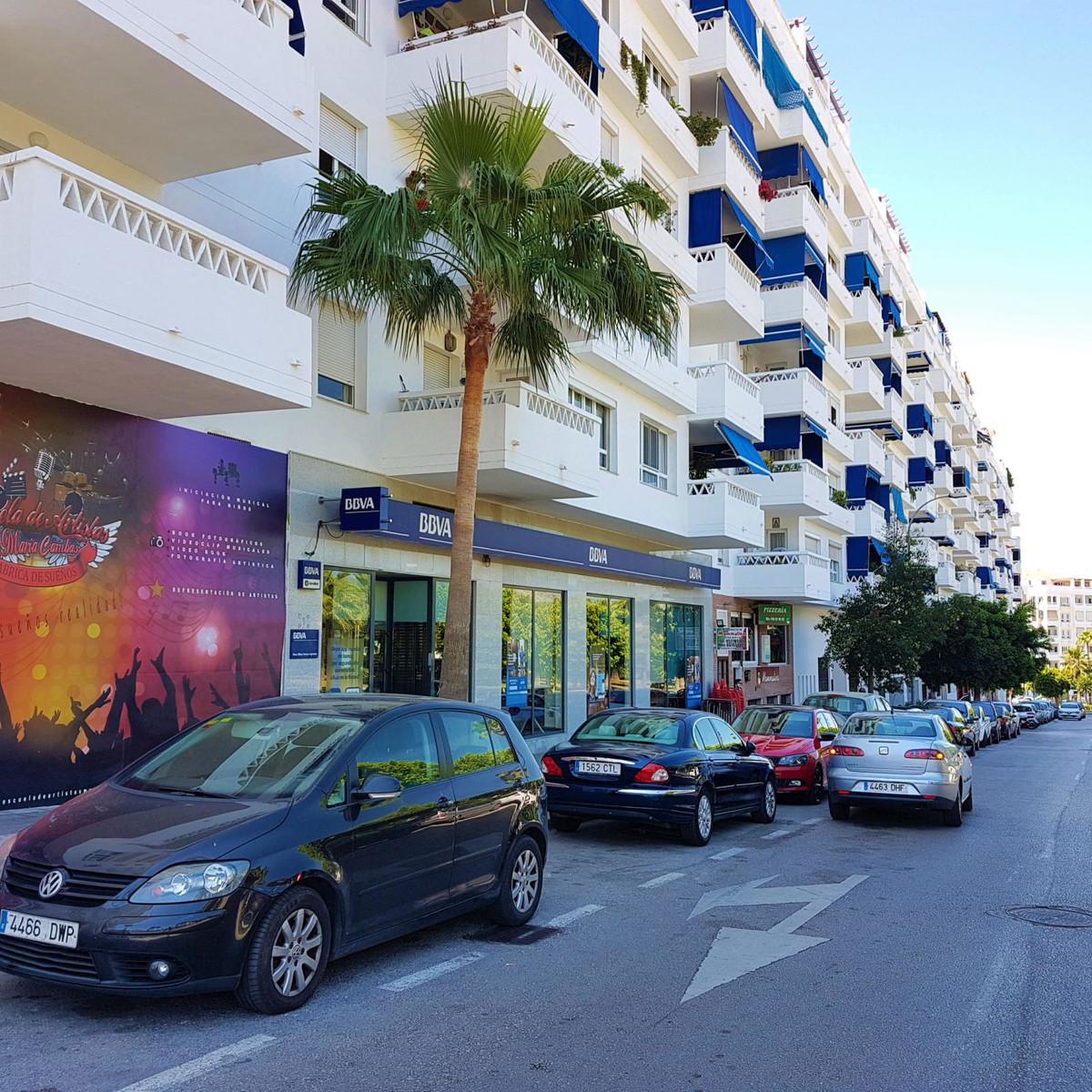 7 dormitorio comercial en venta nueva andalucia