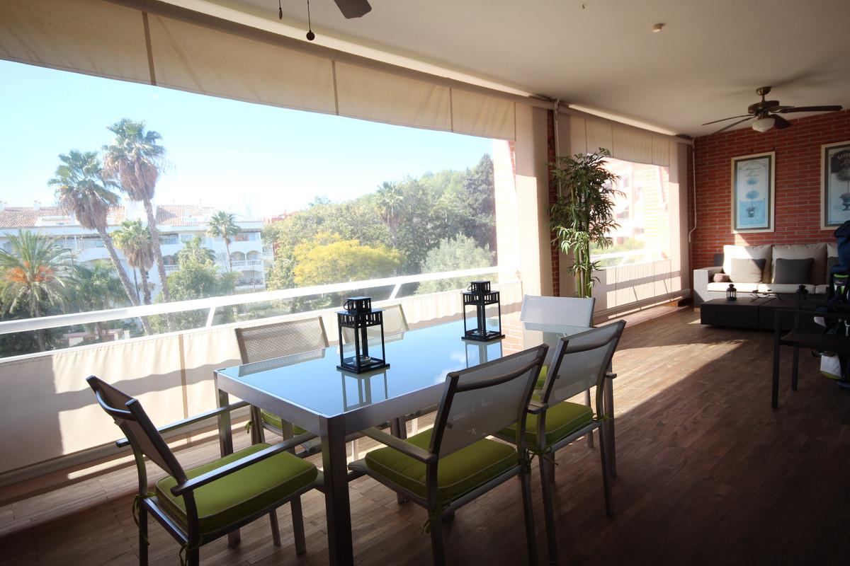 Marbella Banus Ático en Venta en The Golden Mile – R3096067