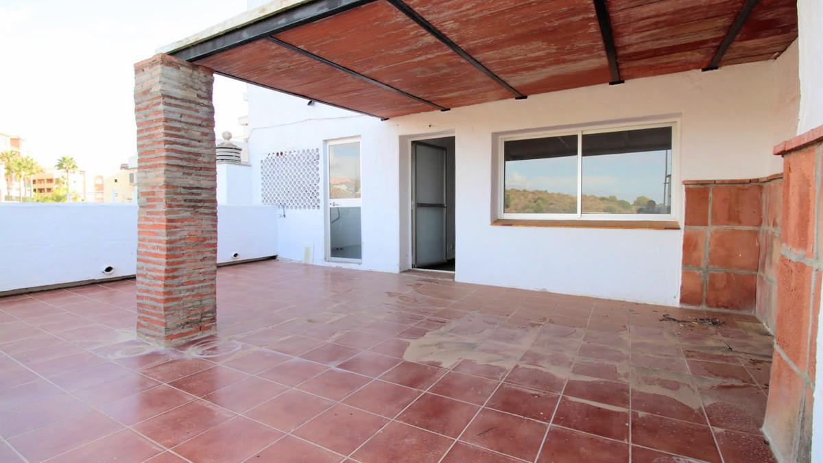 Marbella Banus Apartamento en Venta en Calahonda – R3932215