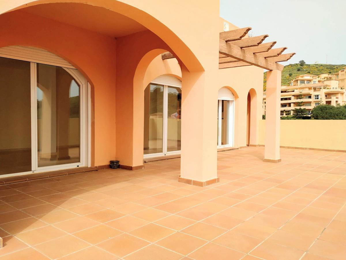 Marbella Banus Apartamento en Venta en Calahonda – R3829801