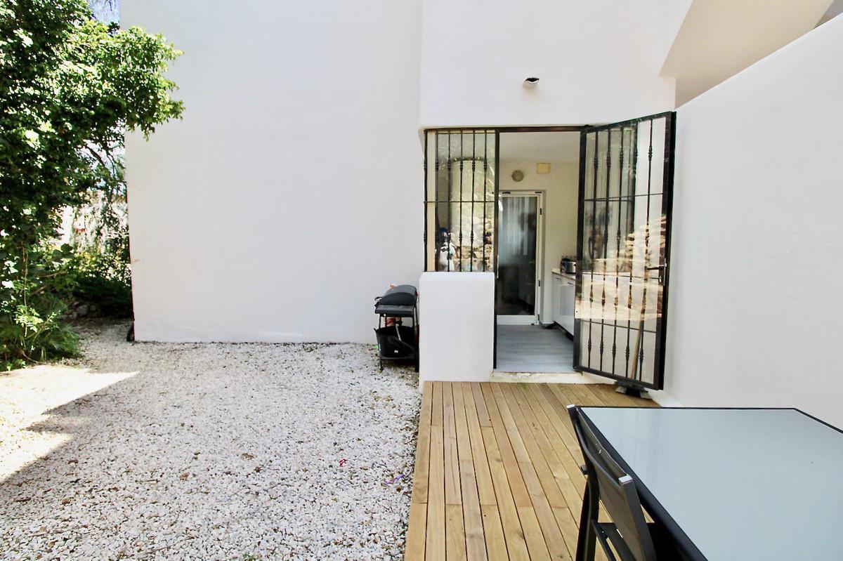 Appartement te koop in Calahonda R3848488