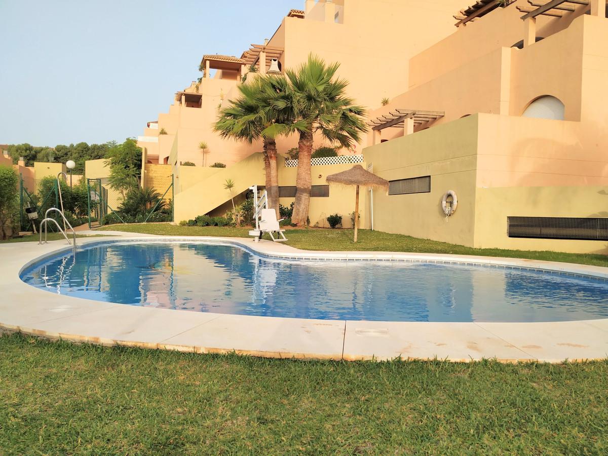 Marbella Banus Apartamento en Venta en Calahonda – R3829804