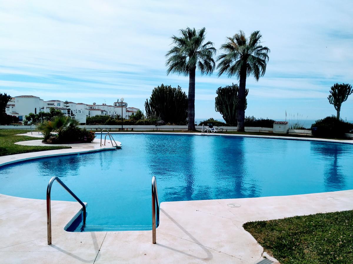 Marbella Banus Apartamento en Planta Última en Venta en Calahonda – R3708983